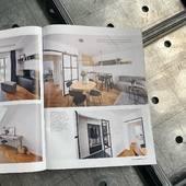 Naše dveře jsou jedinečné! Časopisy, které sleduji trendy v bydlení často uveřejňují realizace s našimi dveřmi. O to větší máme ze své práce radost, když si takovou reklamu nemusíme platit jako jiné firmy jako komerční inzerci😂 děkujeme🙏 #casopis #časopis #casopisy #magazin #magazine #zeitschrift #zeitschriften #wohnungseinrichtung #wohnung #журнал #журналист #bydleni #bydlení #inspirace #inspiracia #inspiration #вдохновение